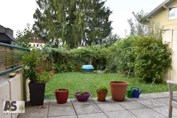 Garten von der Terrasse aus