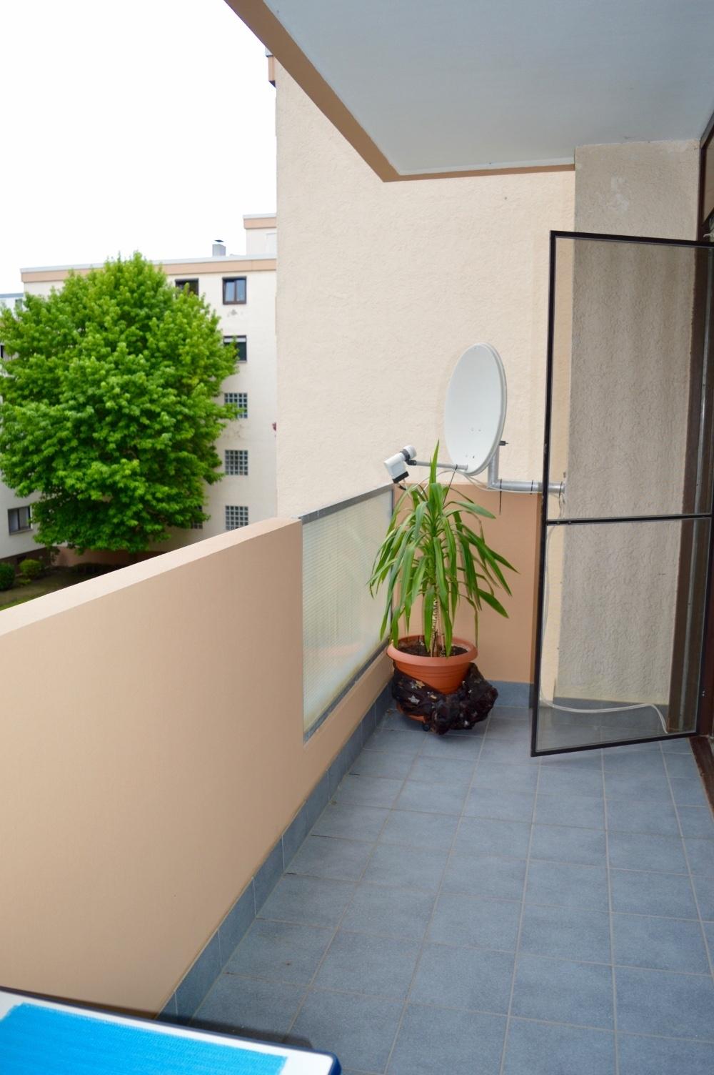 Balkon (2)