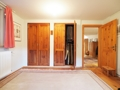 Schlafzimmer mit Wandschränken OG