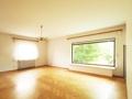 Wohnzimmer mit Panoramafenster