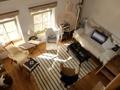 Blick von der Galerie ins Wohnzimmer