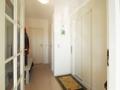 Entrée mit Gäste-WC und Fahrstuhl