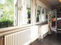 ehemalige Loggia - heute mit Glasfenstern