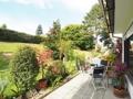 Terrassenbereich und Garten