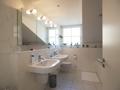Badezimmer rechts