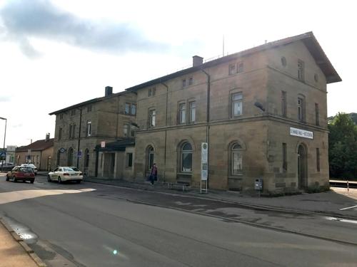 Nordansicht Bahnhofsgebäude