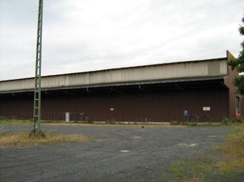 Freifläche und Lokhalle.jpg