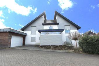 Titelbild, Dörnhoff-Immobilien, Gebäudeansicht