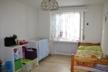 Zimmer mit Laminatboden