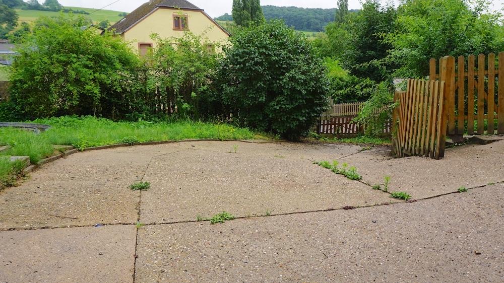 Hinterhof mit Garten