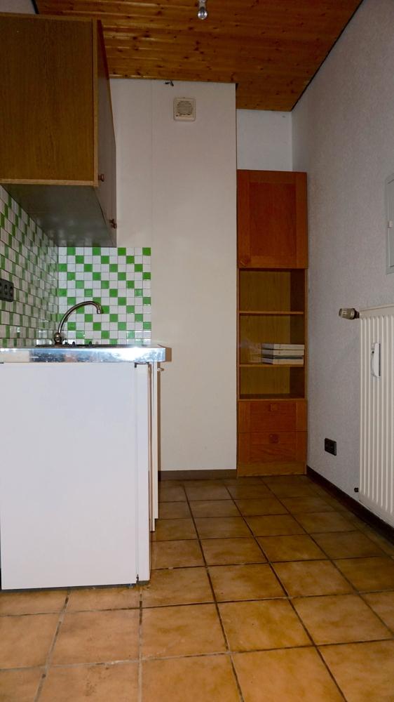 Küchenzeile / Eingangsbereich