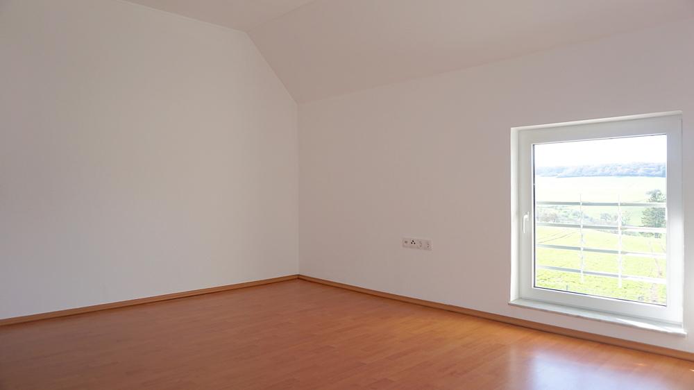 Schlafzimmer2 (OG)