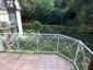 Balkon in Südlage- umgeben von altem Baumbestand