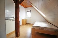 Zimmer 5 DG mit eigener Küchenpantry