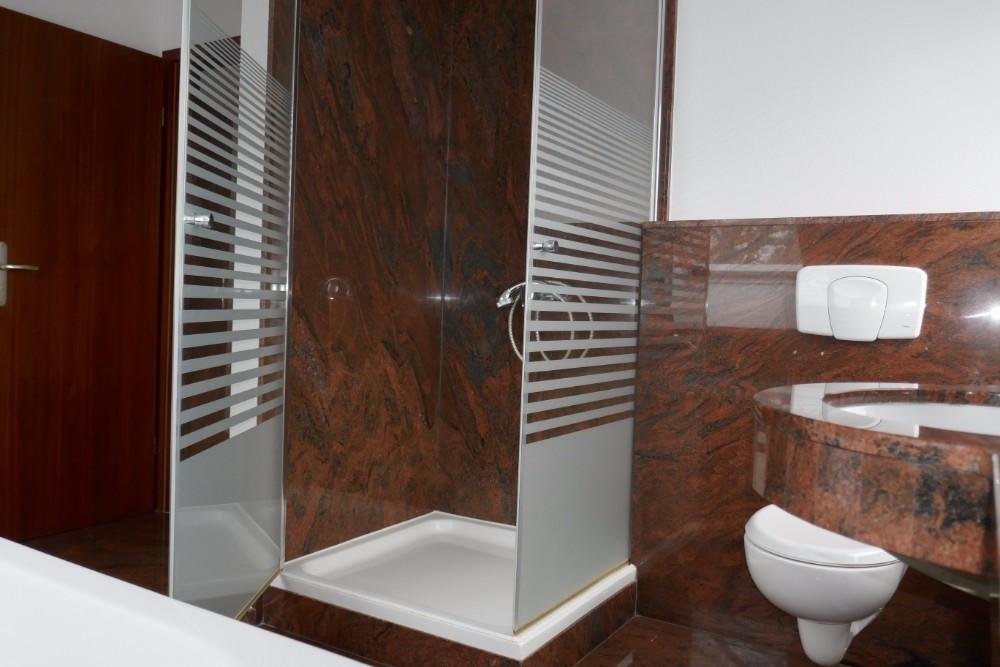 Wannen-Duschbad