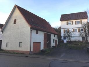 Ansicht Haus mit Scheune
