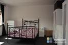 Schlafzimmer große Mietwohnung