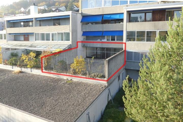 Ansicht mit Terrasse