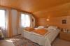 Zimmer III...
