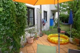 eigener Garten mit ca. 45qm