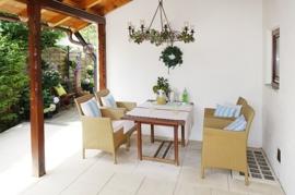 Loungebereich der Süd-West-Terrasse