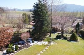 Blick vom Südbalkon in die Gartenanlage