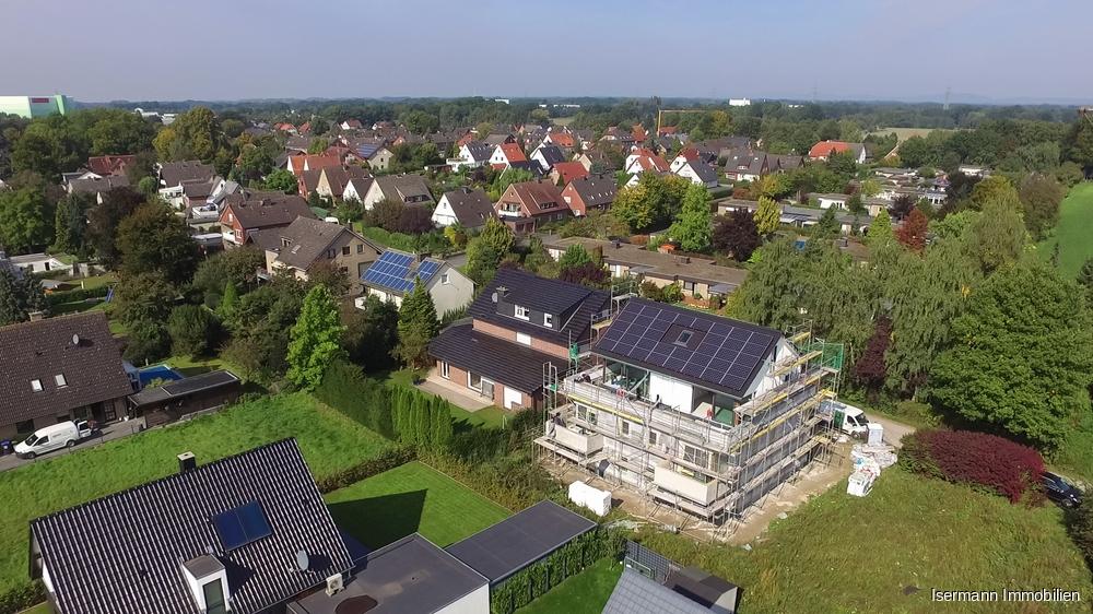Die Immobilie liegt in einem gepflegten Wohngebiet von Gütersloh-Avenwedde.