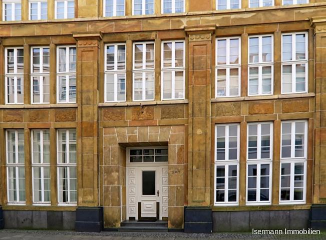 repräsentatives Mehrfamilienhaus in der Bielefelder Altstadt
