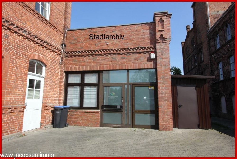 Eingang Stadtarchiv