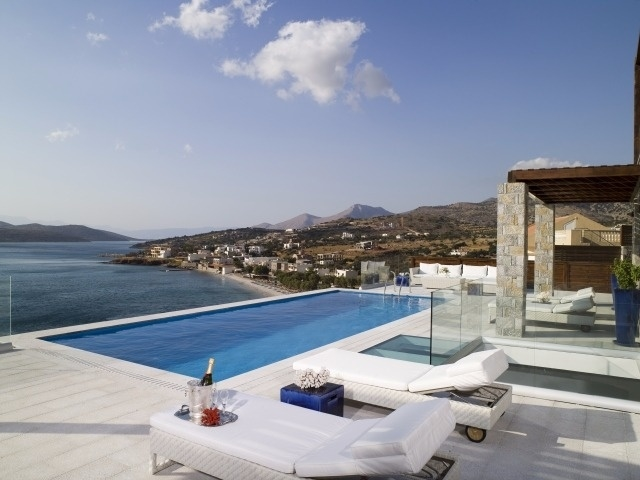 exterior terrace