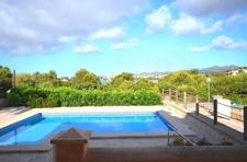 Blick von Terrasse+ Pool