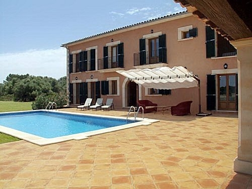 Newly constructed Mediterranean style country house in the charming village of Santanyi
