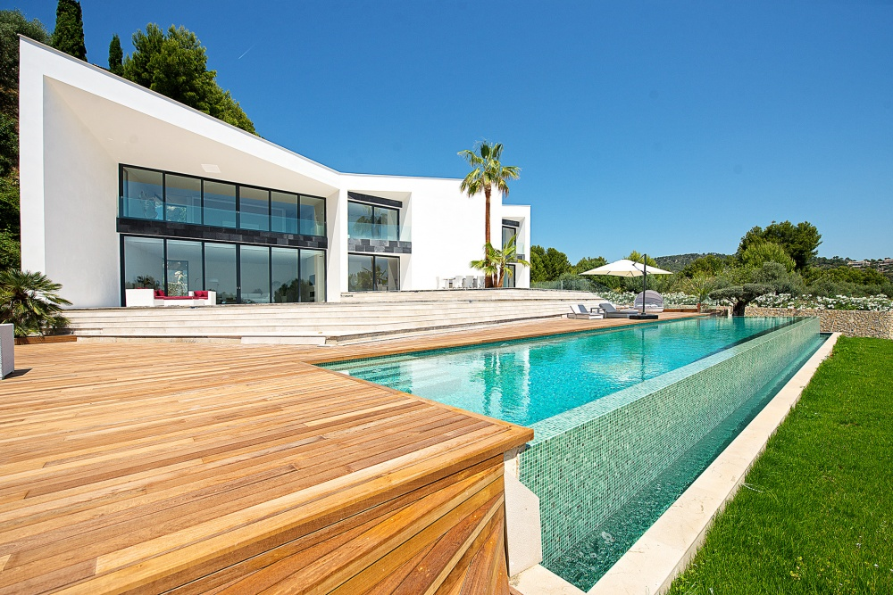 New Contemporary Villa in Son Vida