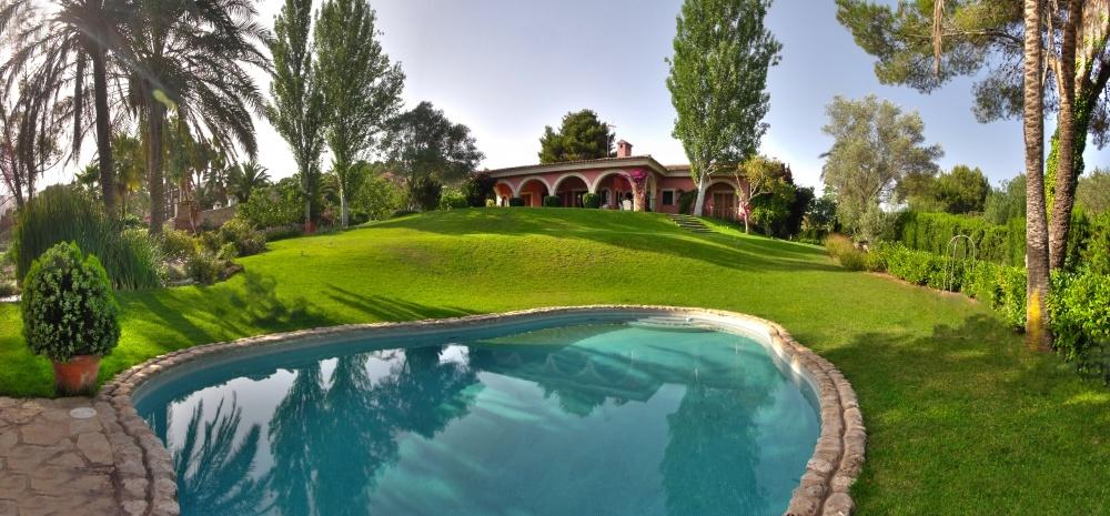 Beautiful Villa with large plot in Son Vida, Palma de Mallorca