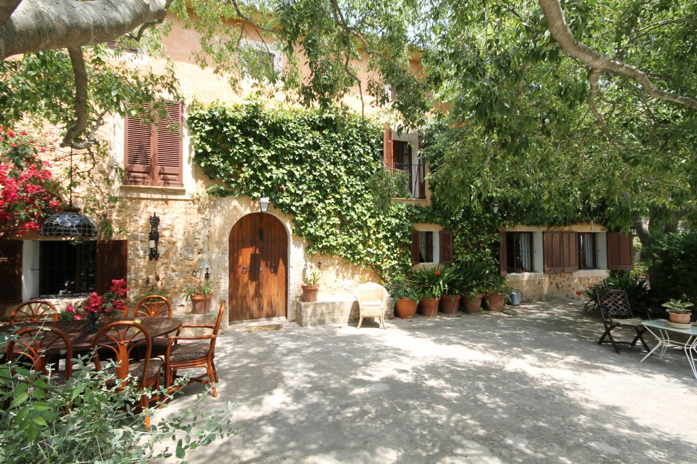 Romantic country home in Santa Maria
