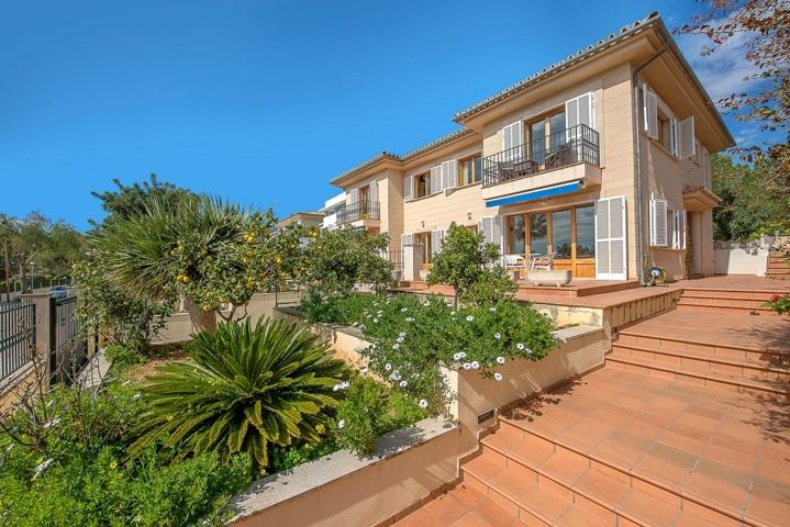 Meerblick Villa in Alt Bendinat