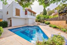 Villa zum Verkauf in Portals Nous mit privatem Pool