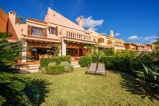 1 Attached house with partial sea views in Costa de la Calma