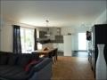 Wohnbereich mit Küche und Eing.png