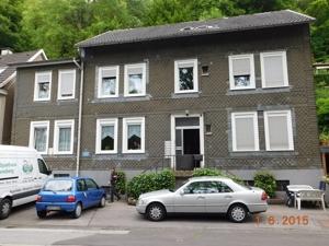 Wuppertalstrasse 12 (1)