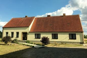 Wohnhaus von Vorne (2)