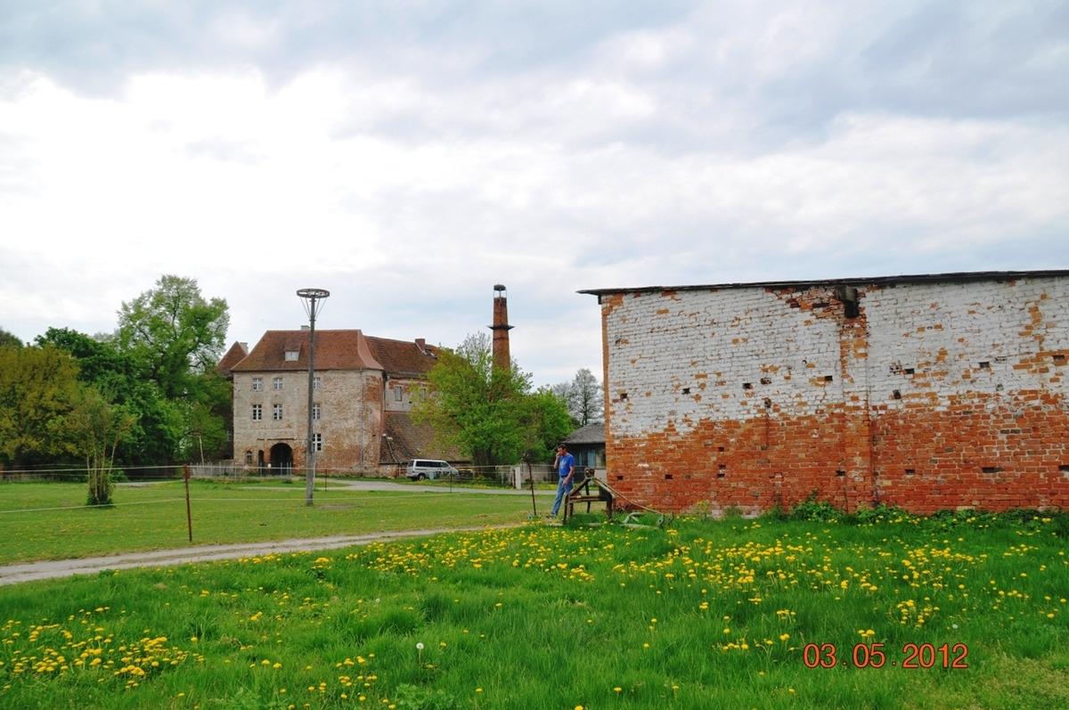 Giebel mit Burg