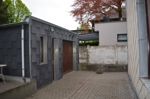 Innenhof und Garage