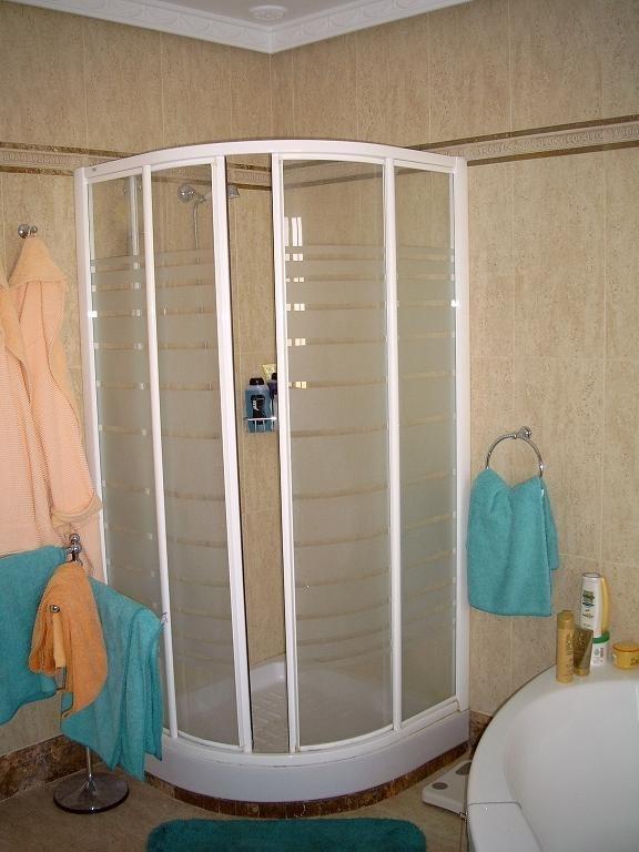 großes Bad - Dusche