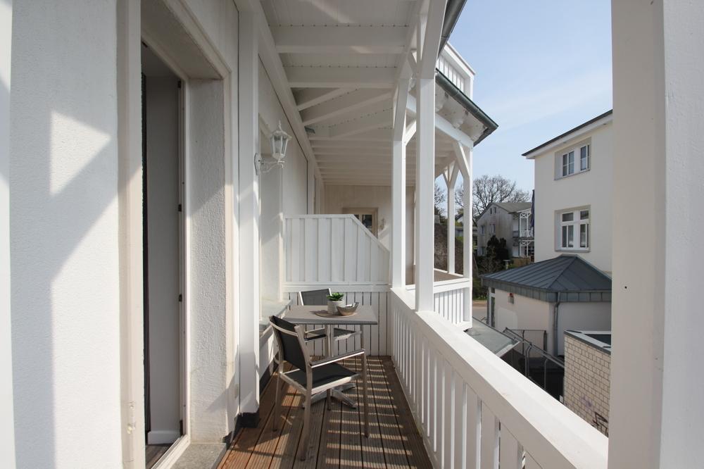 balkon-fewo-strandnah-ruegen