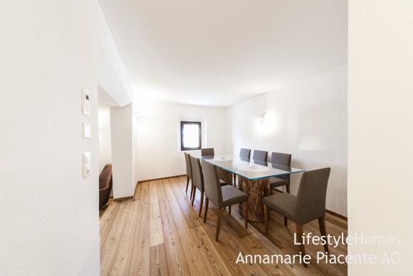 Bild 13/23: dining room La Punt
