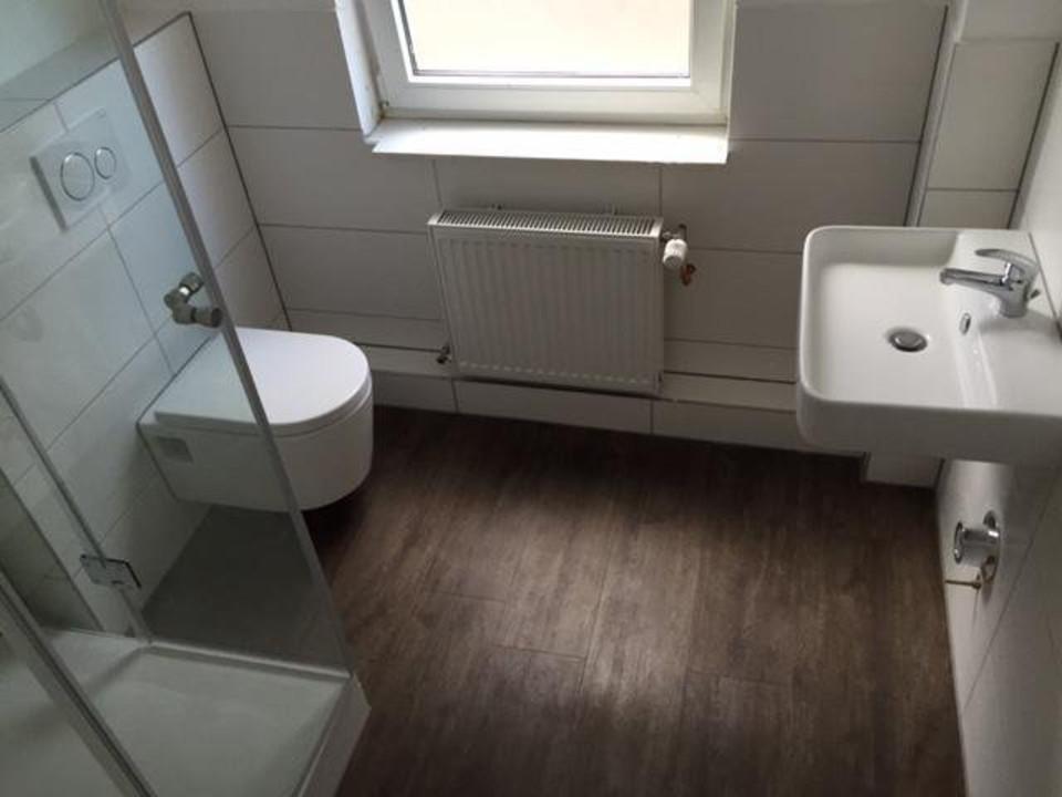 neues Badezimmer im EG und OG