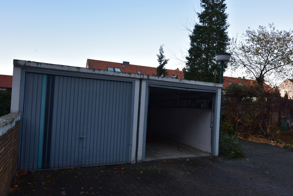 Garagen im Hof