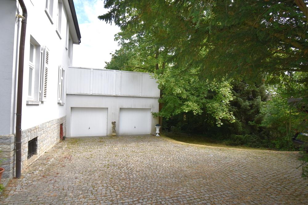 Hof/Garagen