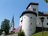 Schloß Goldegg und Kirche